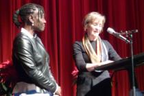 Auma Obama und Gudrun Rihl beim Tag der Menschenrechte