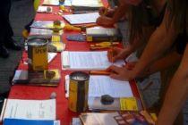 Unterschriften am Afrikafest 2013